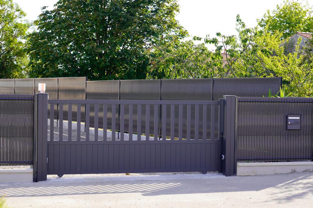 Moderné hliníkové ploty na kľúč Bratislava iPloty
