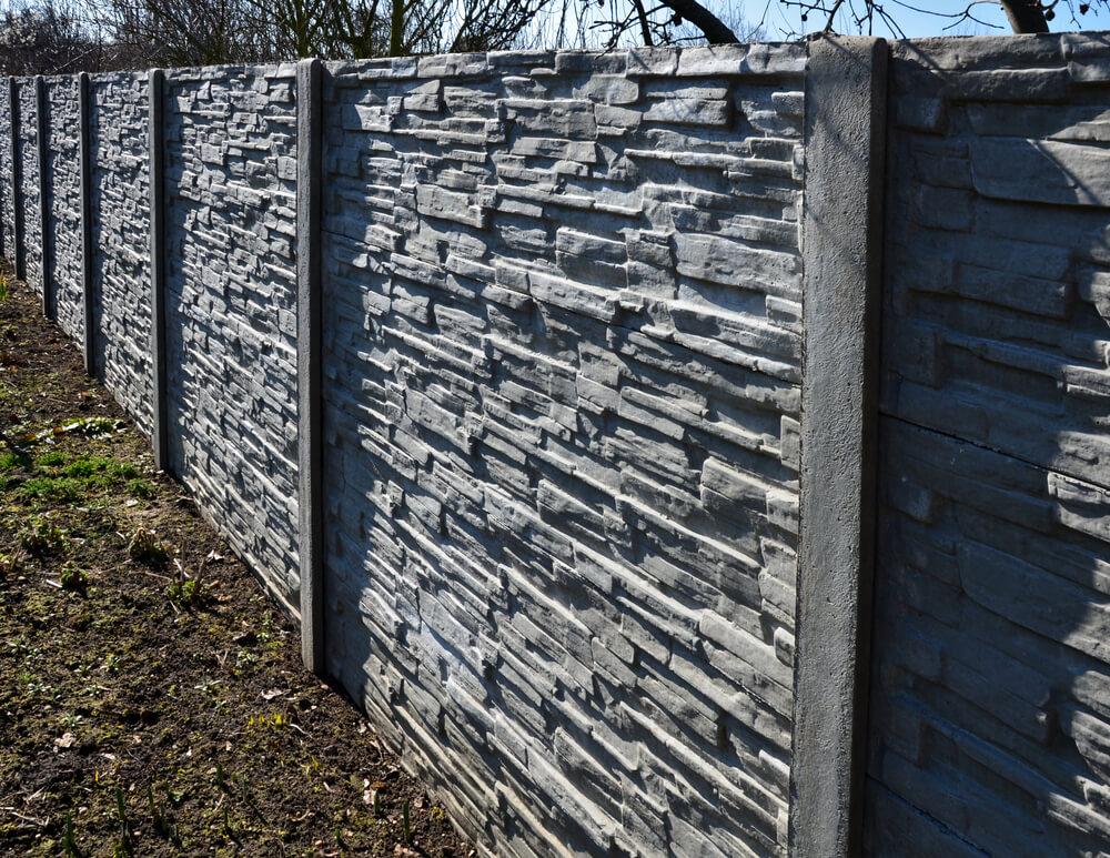 Priemyselný betónový plot na kľúč Bratislava iPloty